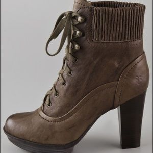 Frye • Mimi Lace Up Bootie in Brown